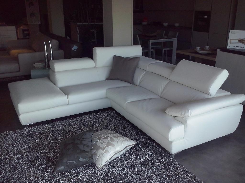 divano exc modello porzio scontato del 50 divani a prezzi scontati. Black Bedroom Furniture Sets. Home Design Ideas