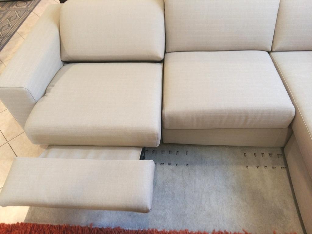 Divano con chaise longue movimento relax a motore divani - Divano con chaise longue estraibile ...