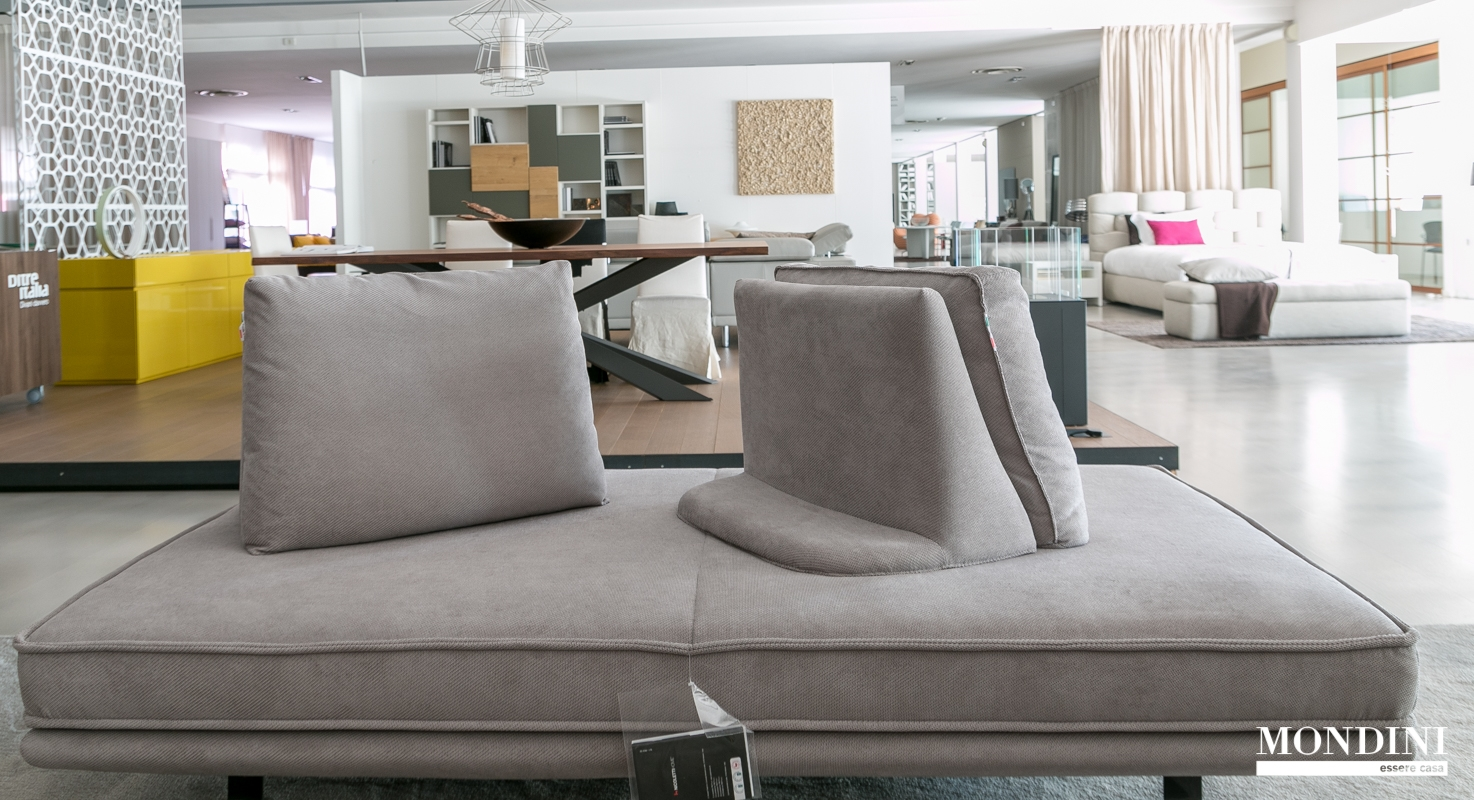 Divano mood di nicoletti scontato del 40 divani a - Divano divani prezzi ...