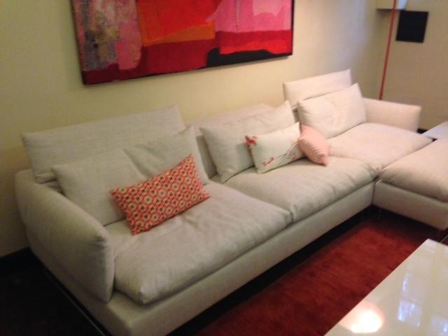Moroso divano shanghai tip scontato del 37 divani a for Poltrone moroso prezzi