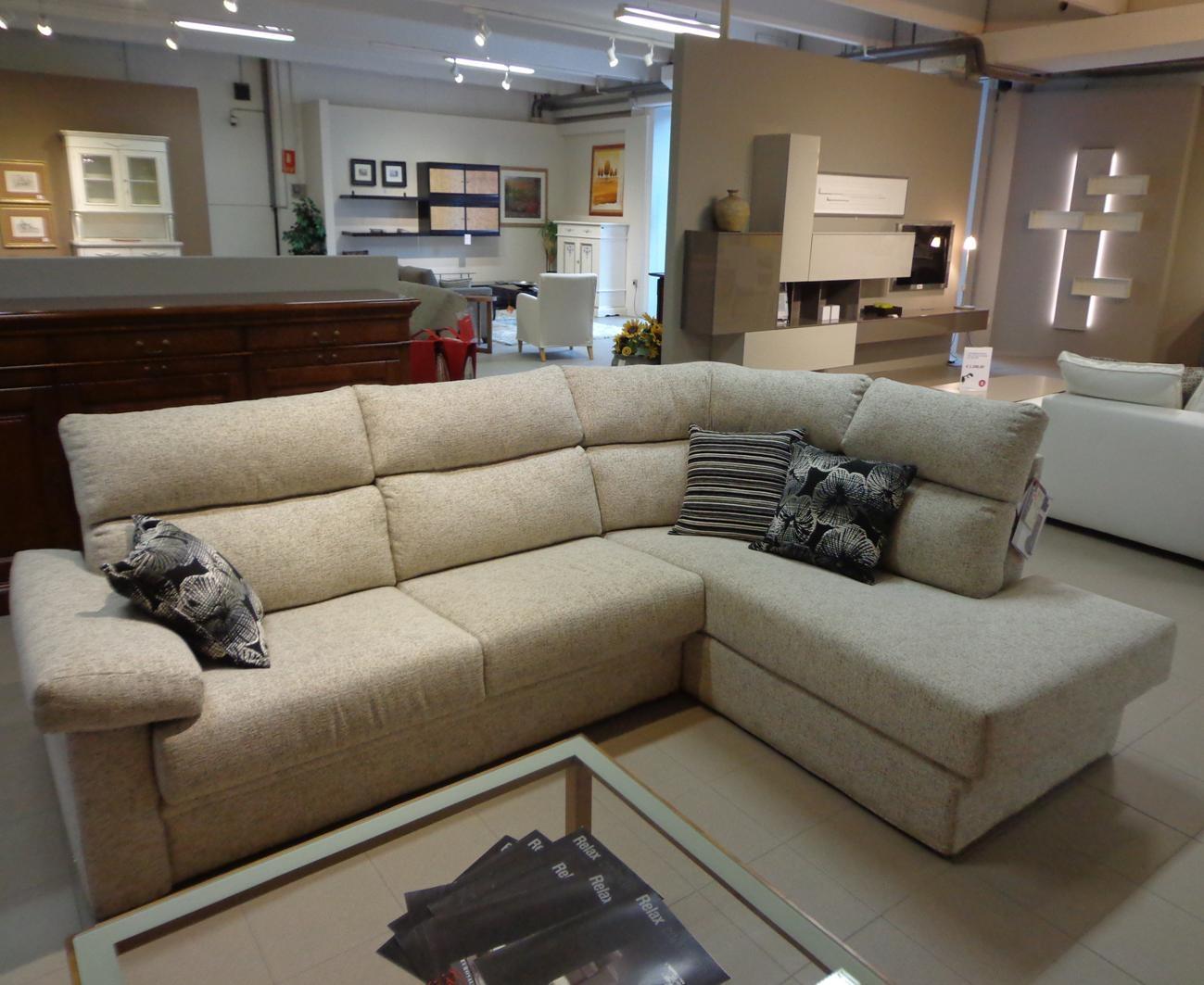 Divano nettuno in offerta divani a prezzi scontati for Divani letto trento