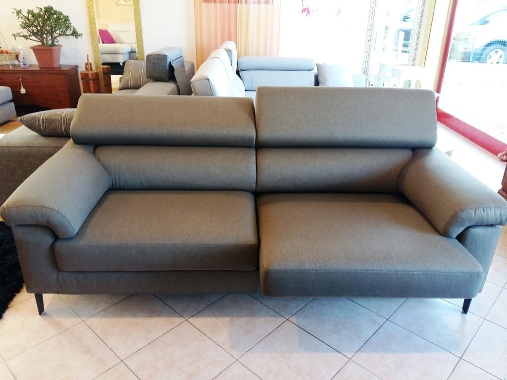 Divano no con sedute estraibili e schienali reclinabili - Divano le confort ...