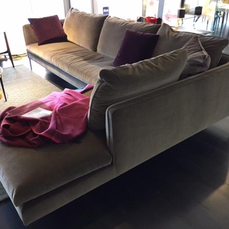 Divano paul in tessuto scontato del 31 divani a prezzi scontati - Divano molteni paul ...