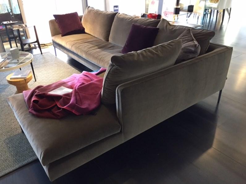 Divano paul in tessuto scontato del 31 divani a prezzi - Divano molteni paul ...