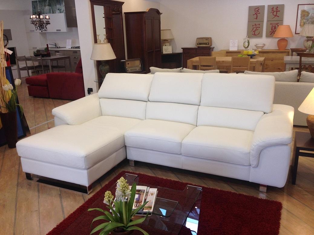 Cerco soggiorno moderno usato bergamo soggiorno etnico vintage in legno e bambu miele white - Cerco divano angolare usato ...