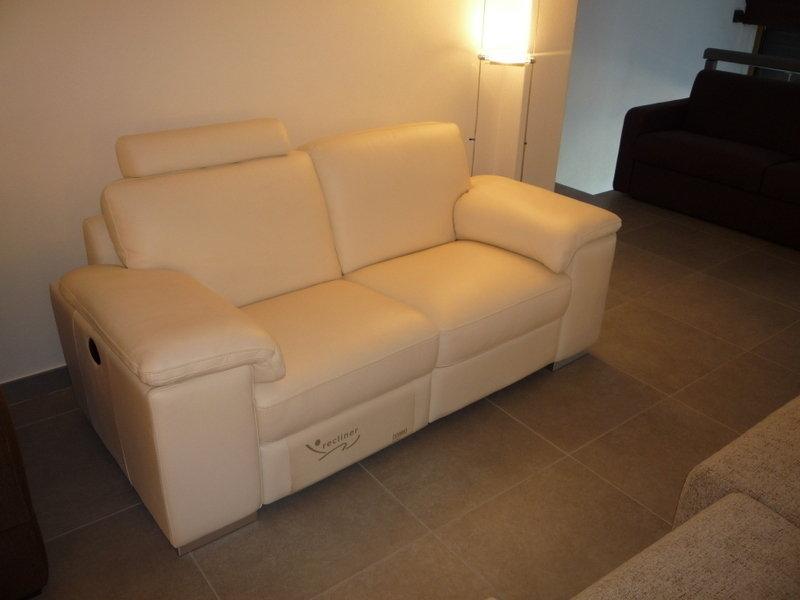 Divano pelle doimo sofas divani a prezzi scontati - Doimo sofas prezzi ...