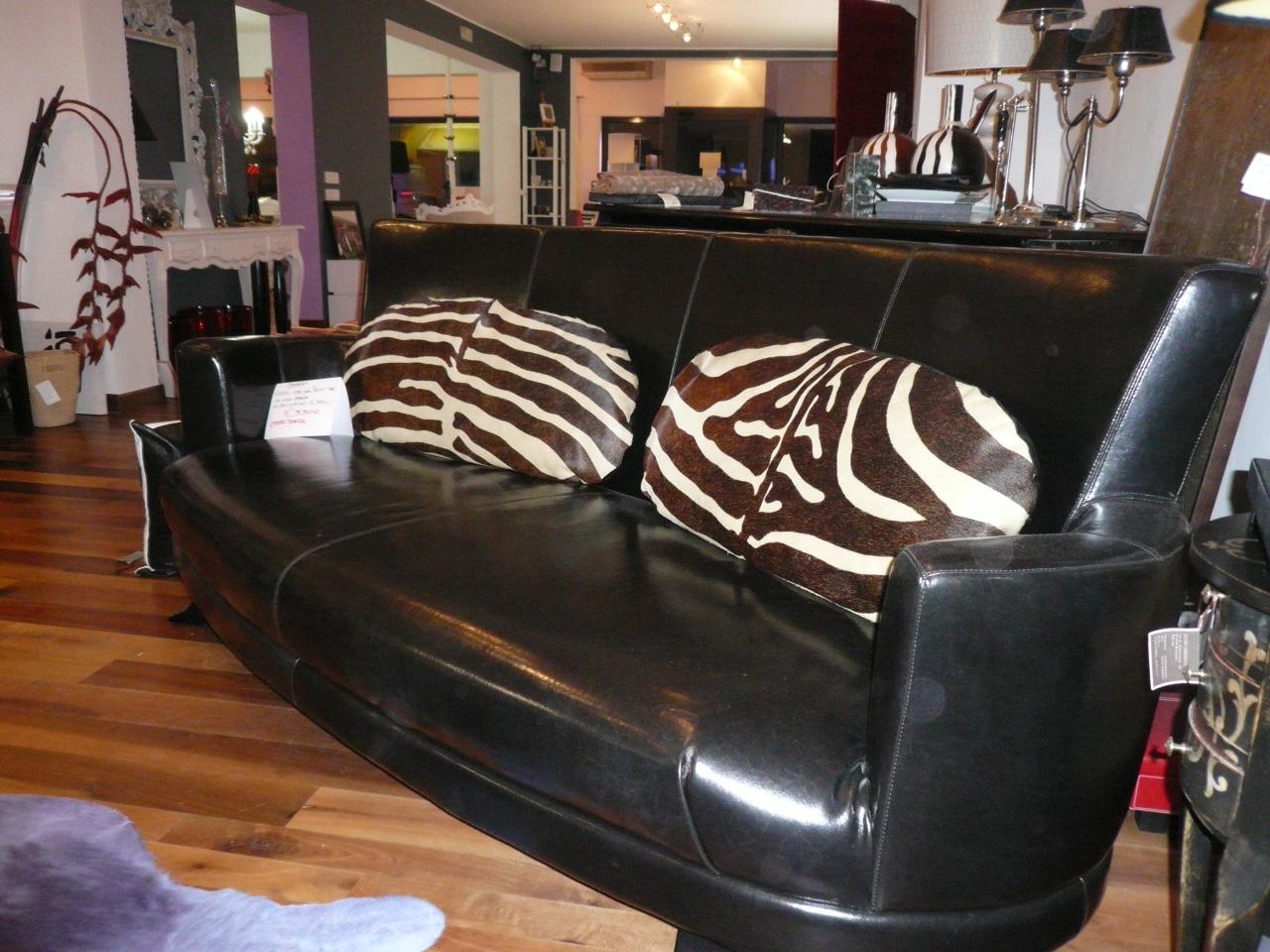 Divano pelle nera in offerta divani a prezzi scontati - Divano pelle nera ...