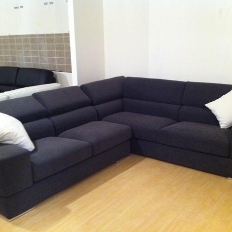 Divano pibiemme prezzo outlet divani a prezzi scontati for Divano prezzo