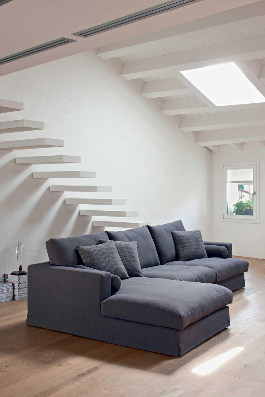 Divano piuma con penisola diversi tessuti divani a prezzi scontati - Divano con penisola ...