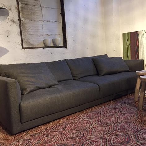 Divani design poliform scontato del 42 divani a prezzi for Arredamento design scontato