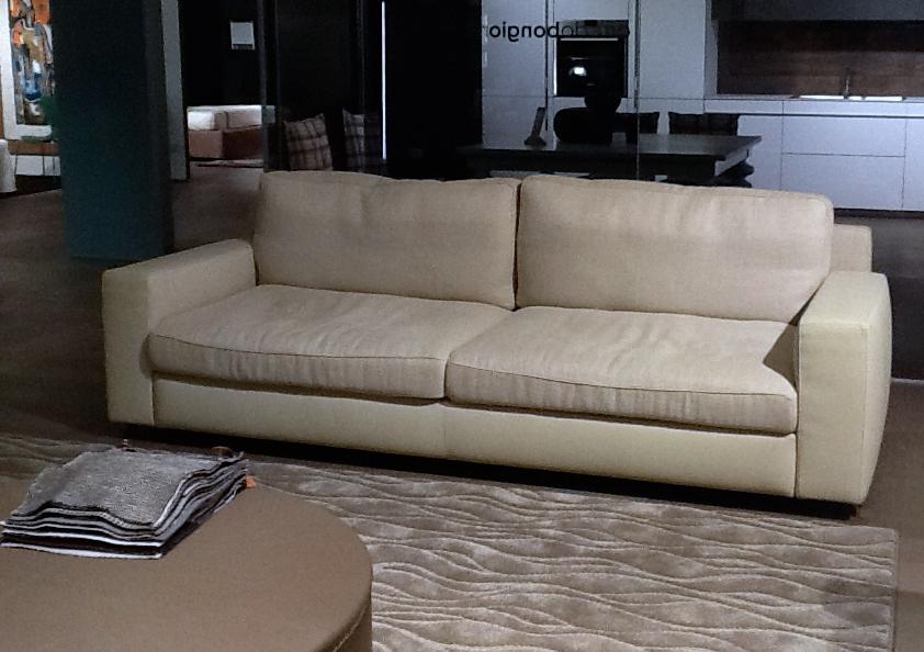 poltrona frau divano divano massimosistema scontato del. Black Bedroom Furniture Sets. Home Design Ideas