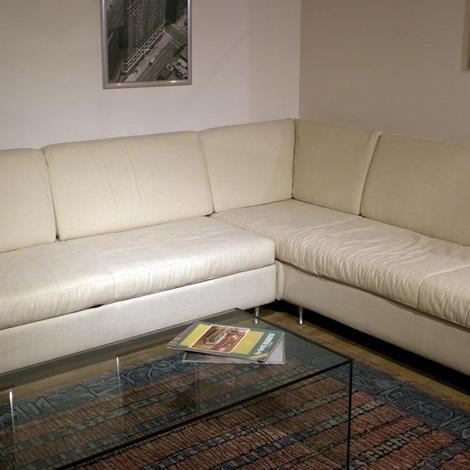 Divano pozzi divani aliseo scontato del 61 divani a - Rivestimento divano costo ...
