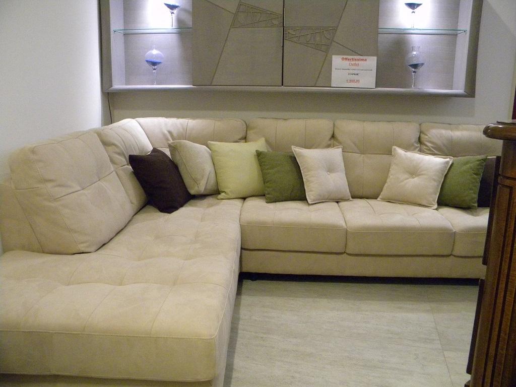 Divano vivaldi divano angolare pelle scontato del 48 divani a prezzi scontati - Copridivano angolare per divano in pelle ...