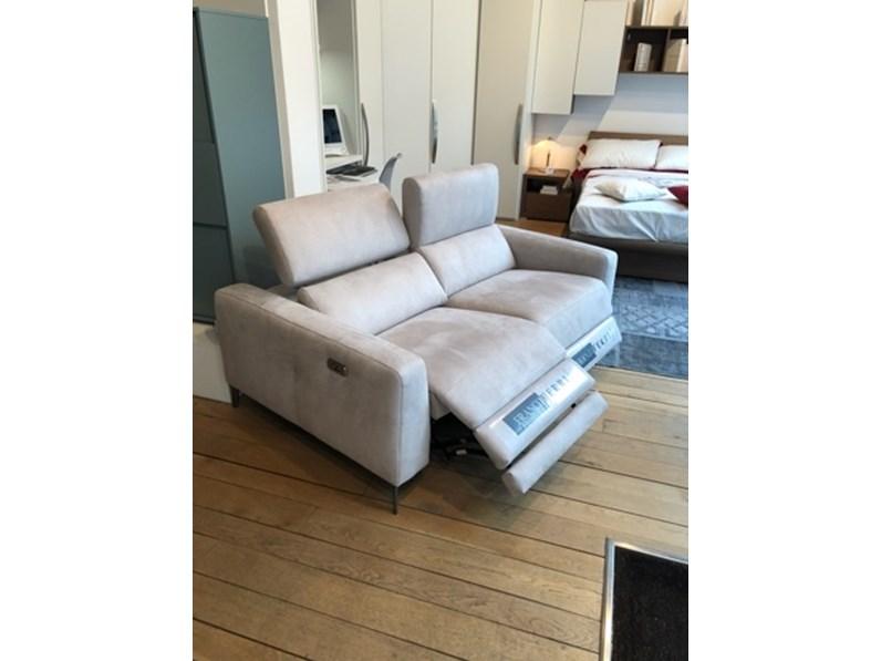 Divano relax in tessuto non sfoderabile soressi di max for Max relax divani