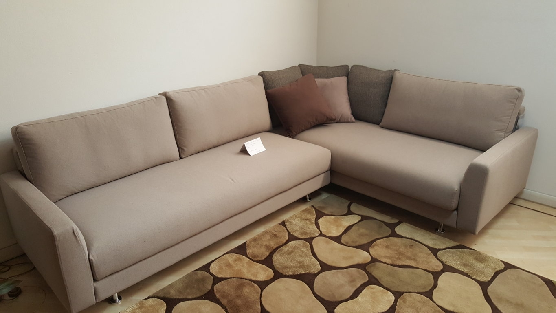 Divano rigo salotti airo divani angolari tessuto divano 4 for Divano 4 posti