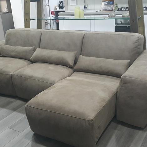 Divano rigo salotti mirab divani con chaise longue divani a prezzi scontati - Divano con seduta allungabile ...