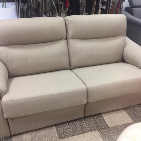 Rosini salotti divano sulmona scontato del 51 divani for Outlet del divano