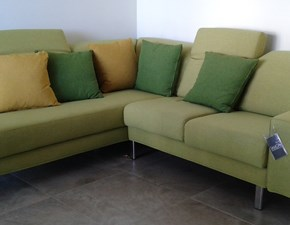 Divano Samoa modello Light. Light è un divano angolare completamente sfoderabile disponibile in colore verde.