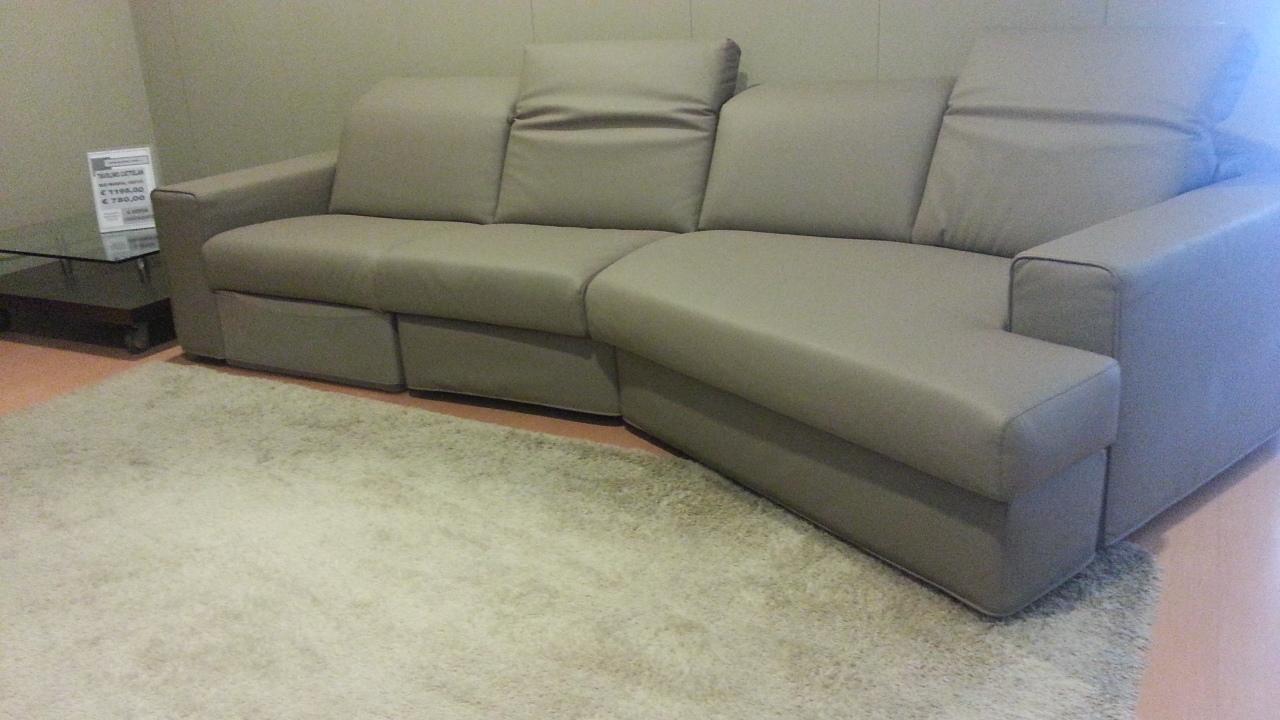 Divano samoa one occasione divani a prezzi scontati - Divano divani e divani ...