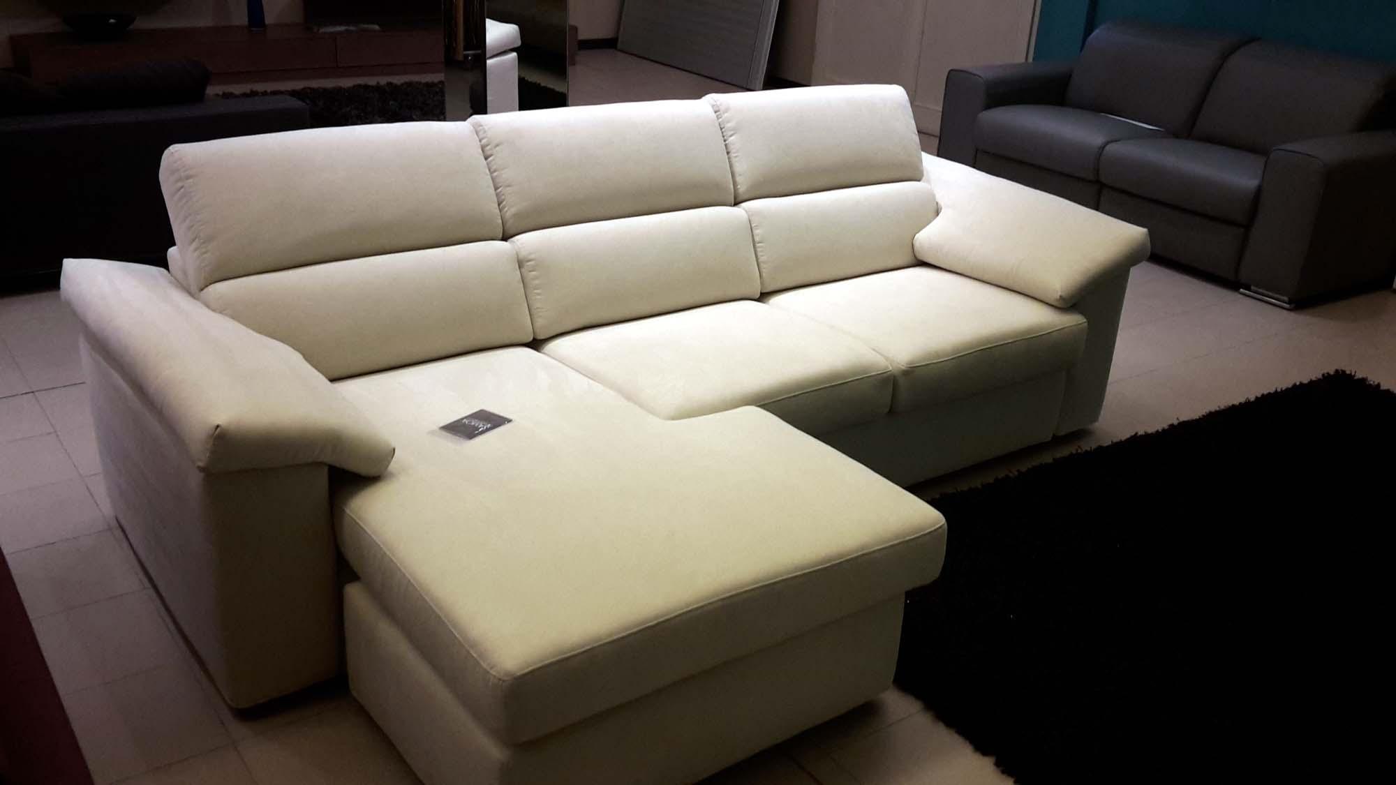 Samoa divani prezzi idee di design per la casa for Divani design prezzi