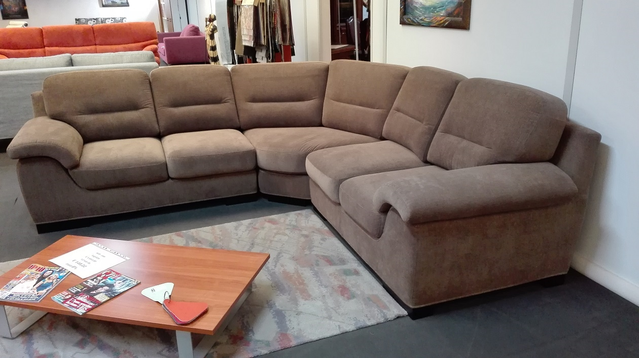 Divano samoa zion divano angolare tessuto divani a - Divani angolari prezzi ...
