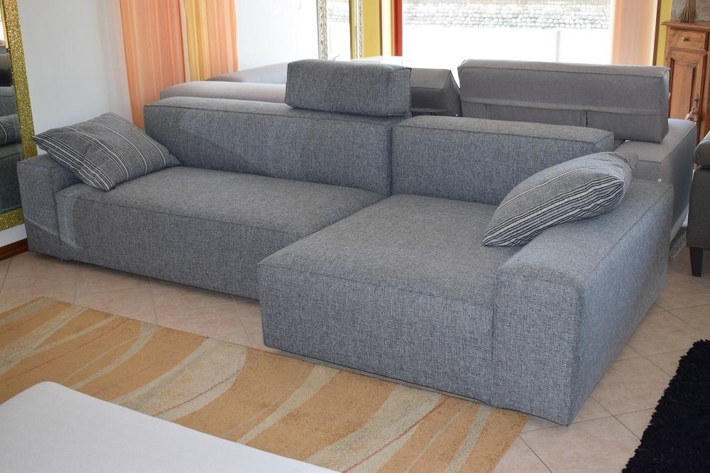 Divano schienale basso con chaise longue in cotone grigio divani a prezzi scontati - Divano doppia seduta ...
