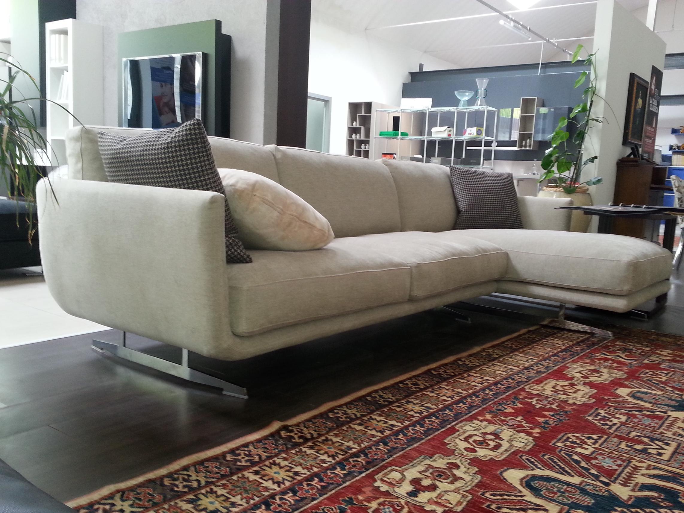Tessuto divani prezzi divani di pelle prezzi divani - Dema cucine prezzi ...