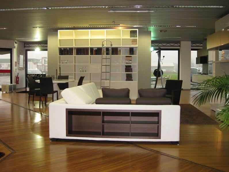 Divano sfoderabile con libreria for Parete attrezzata con divano