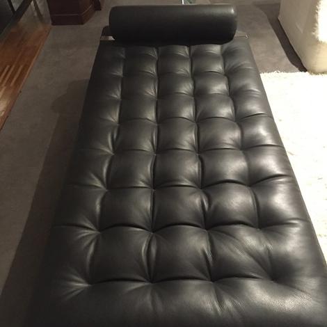 Divano valdichienti in pelle in offerta al 55 divani a for Divani quale marca scegliere