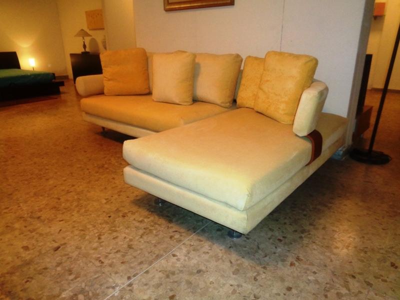 Divano letto giallo design casa creativa e mobili ispiratori for Divano con penisola ikea