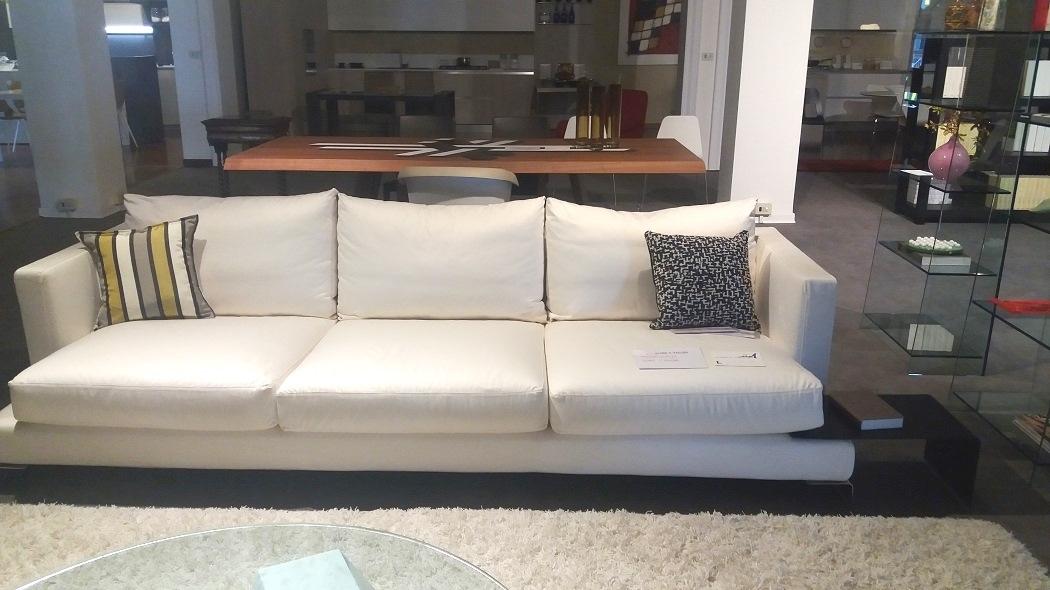 Flexform divano divano long island tessuto divani a for Divani flexform outlet