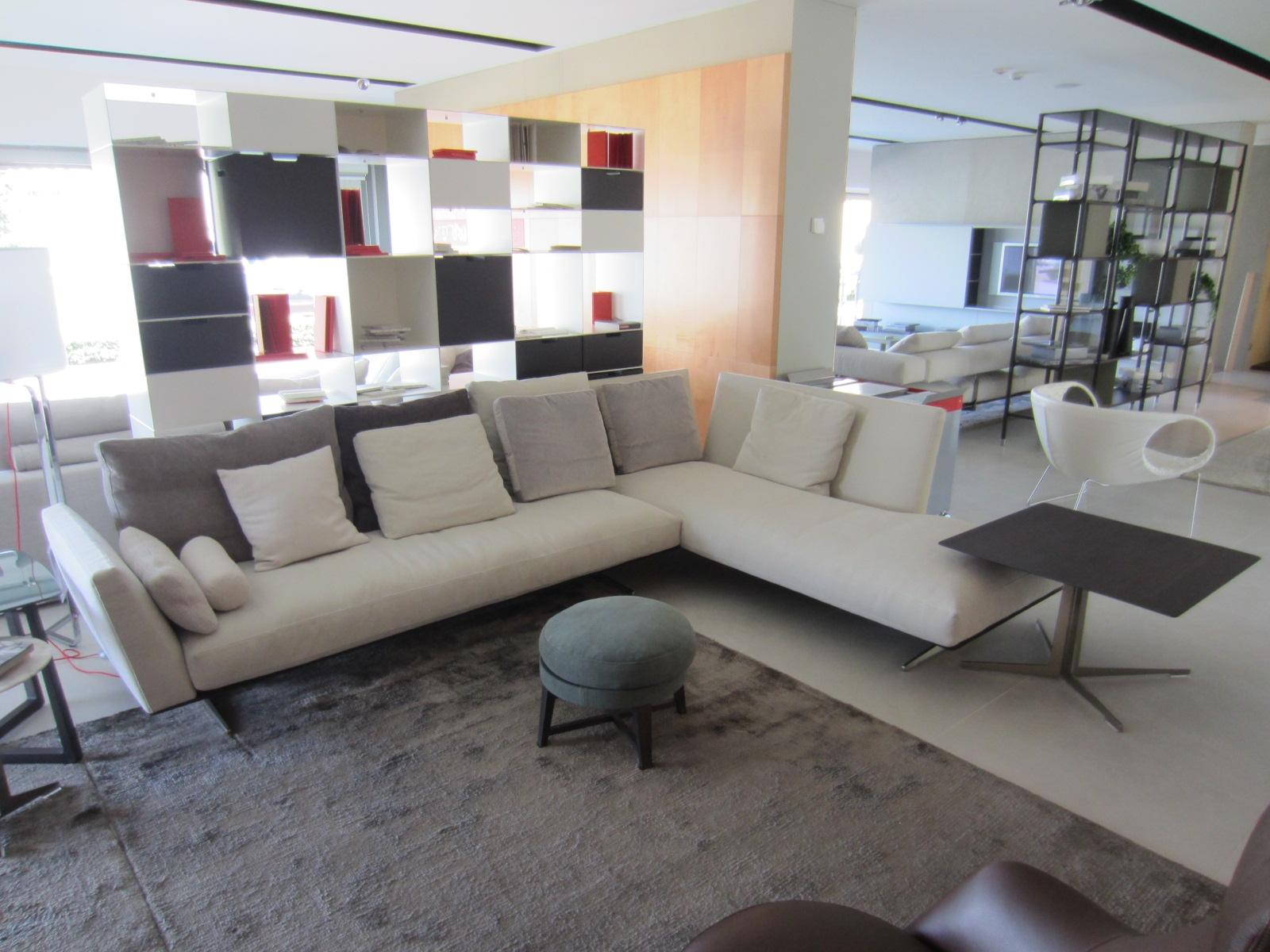 Divano flexform evergreen divani a prezzi scontati for Outlet divani