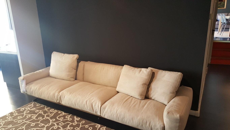 Flexform divano soft dream divani lineari tessuto divani for Outlet del divano