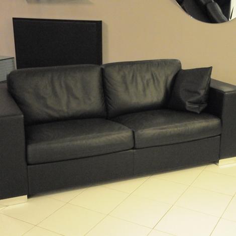 Frau divano massimo scontato del 55 divani a prezzi for Divani frau outlet