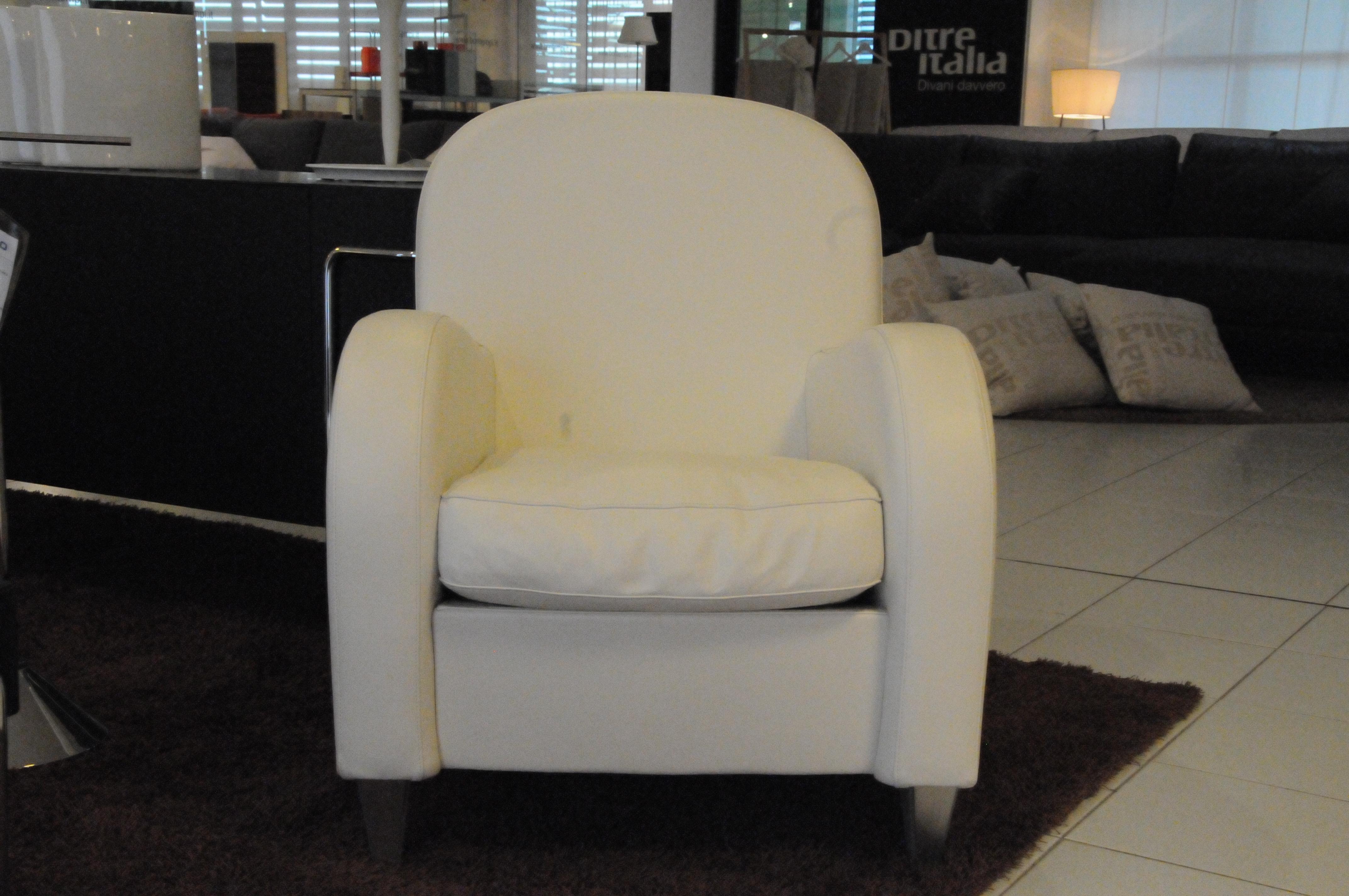 Frau poltrona modello daisy meta 39 prezzo divani a prezzi - Poltrona letto prezzo ...