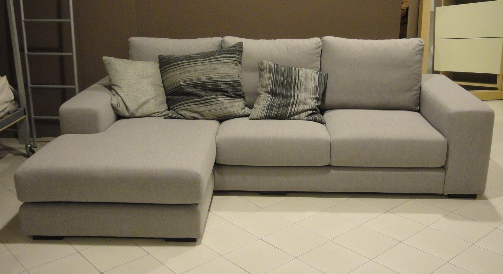Gimas salotti divano verdi divani con penisola divani a for Divani salotti