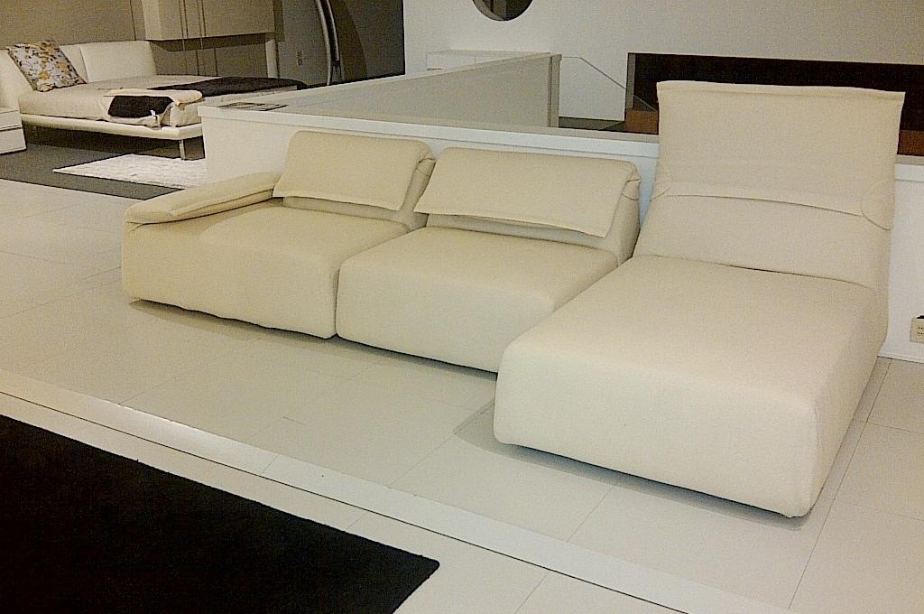 Moroso divano highlands design by patricia urquiola for Arredamento design scontato