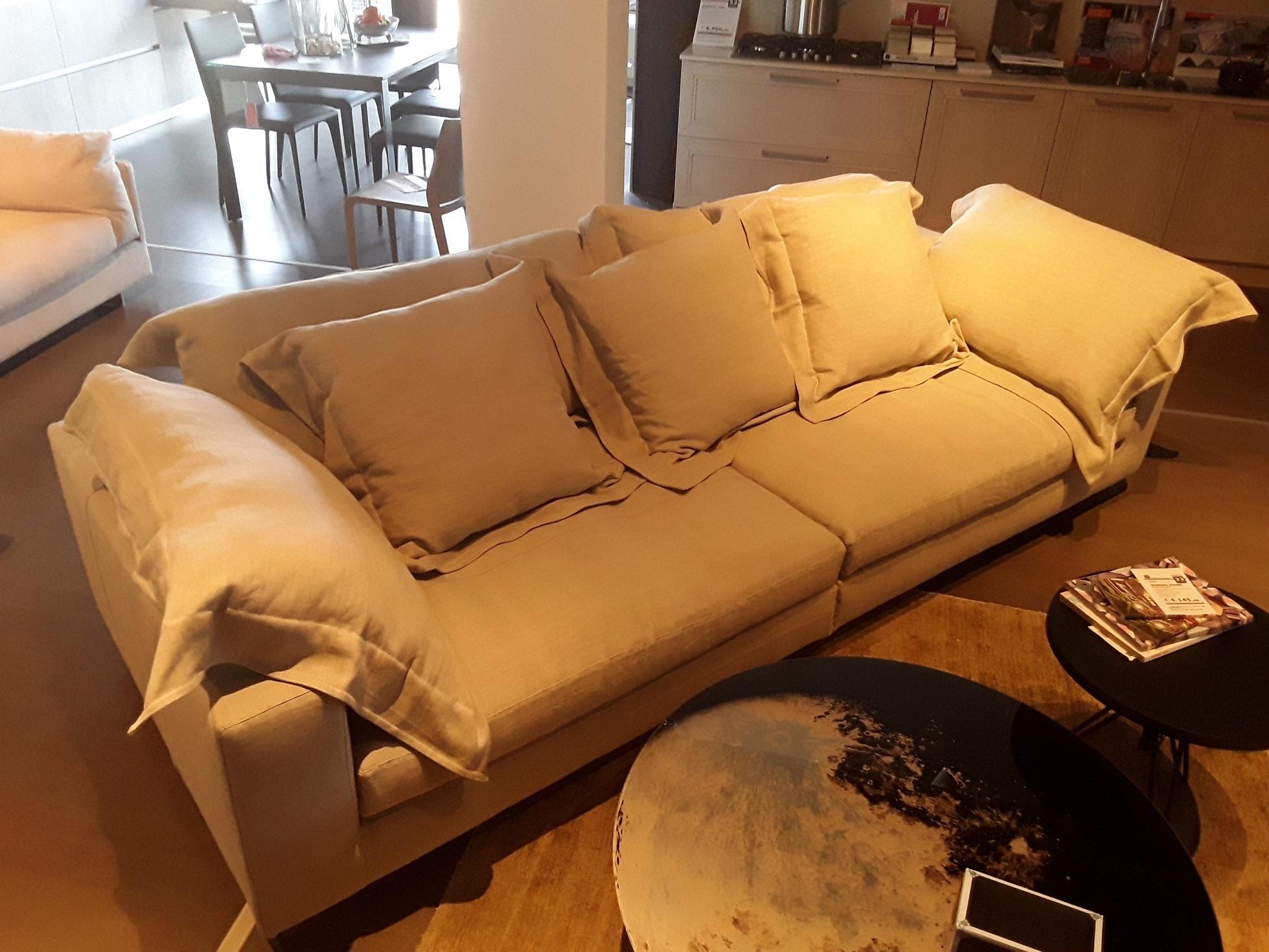 Moroso divano nebula nine sofa scontato del 33 divani a prezzi scontati - Divano diesel moroso ...