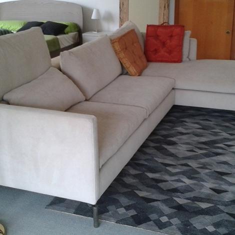 Novamobili divano divano reef con penisola scontato del 44 divani a prezzi scontati - Divano con seduta allungabile ...