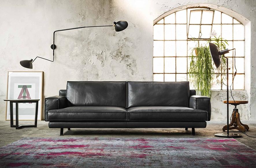 Nuovo divano a 3 posti di design by gurian in vera pelle for Divani in pelle di design