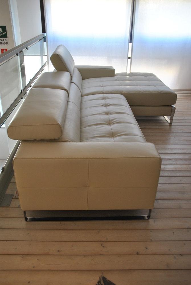Occasione divano in pelle color ghiaccio con penisola - Pelle del divano rovinata ...