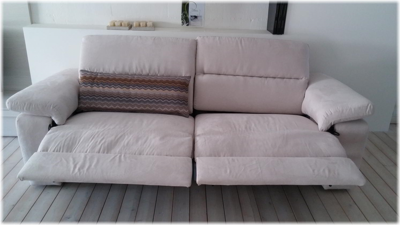 Occasione divano puccini in tessuto con sedute allungabili divani a prezzi scontati - Divano con seduta allungabile ...