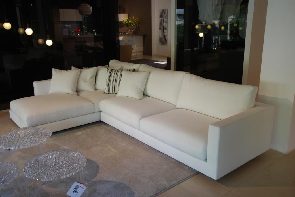 Offerta divani di design paros di bruline divani a for Divani di design