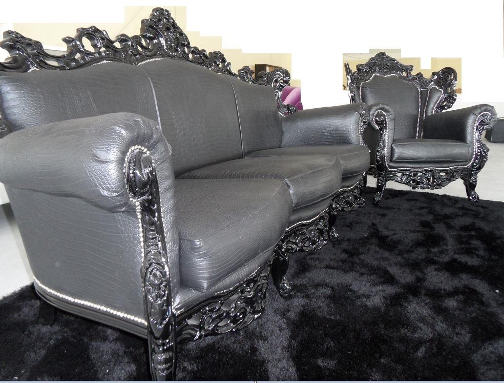 Best offerta divano con poltrona ecopelle stile barocco for Divani shabby in offerta