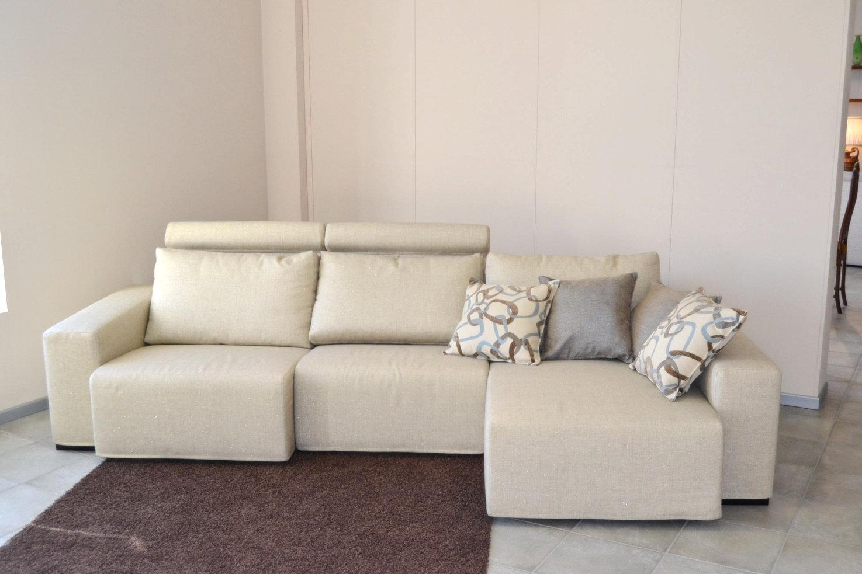 Offerta divano doimo oceano divani a prezzi scontati - Divano doimo prezzo ...