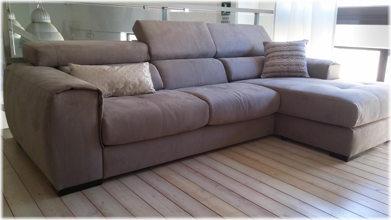 Offerta divano in tessuto con penisola grigio scuro - Microfibra divano ...