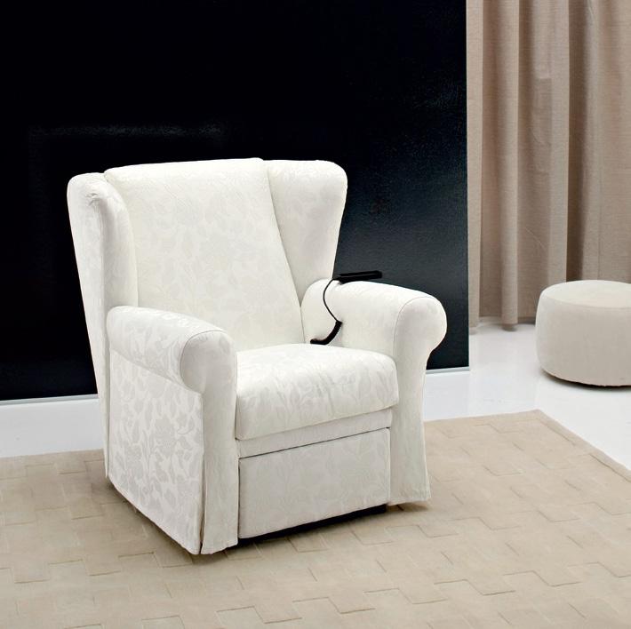 Poltrona relax mir tessuto divani a prezzi scontati for Poltrona reclinabile