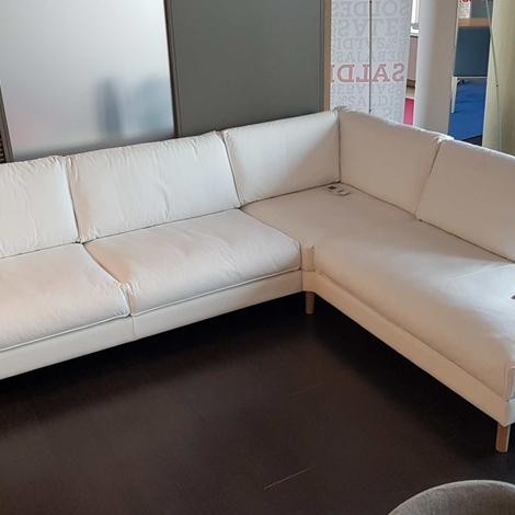 Outlet divani calligaris a como divani a prezzi scontati for Outlet arredamento divani