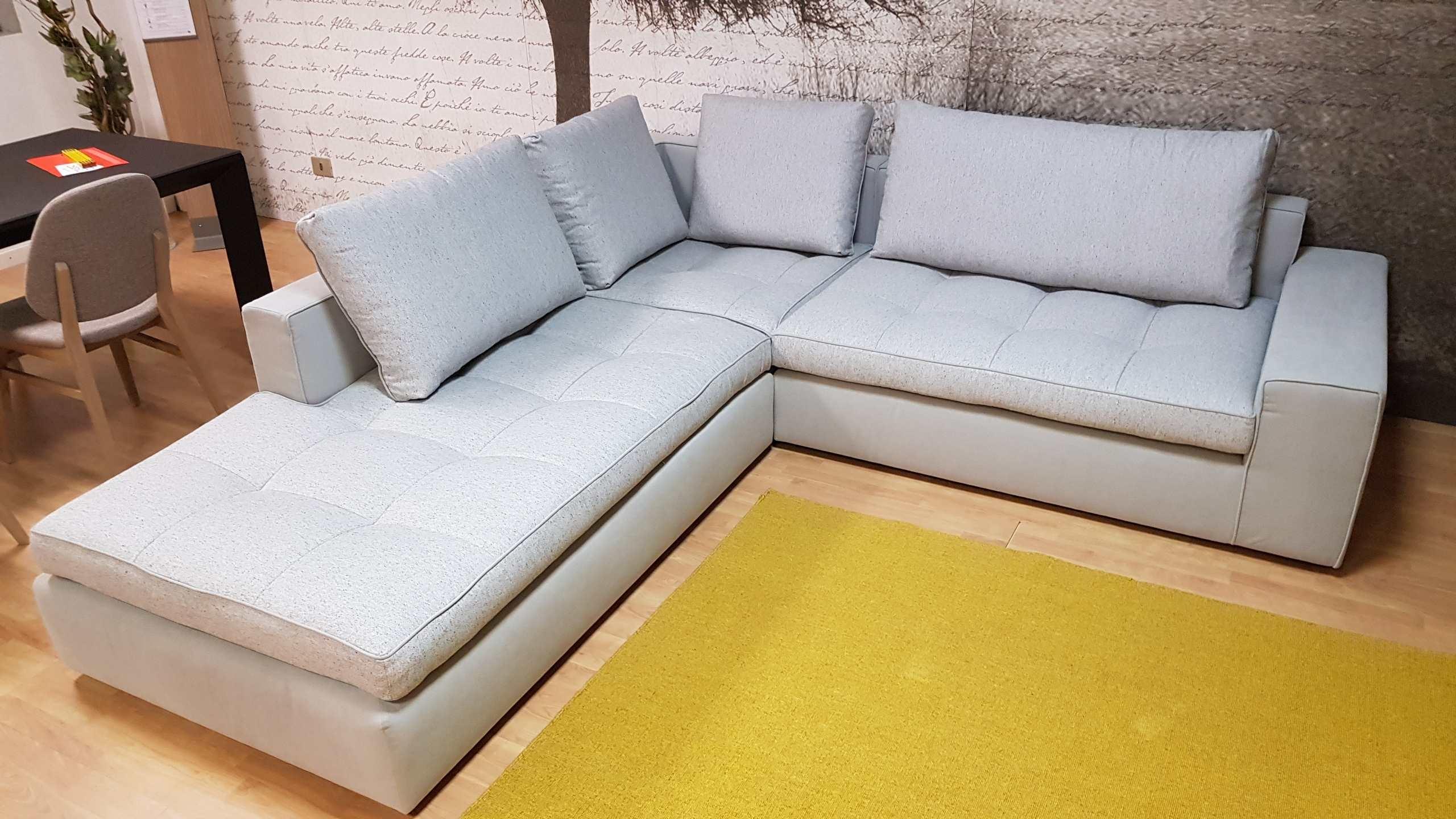 Outlet divano calligaris lounge mix divani a prezzi scontati for Outlet divani