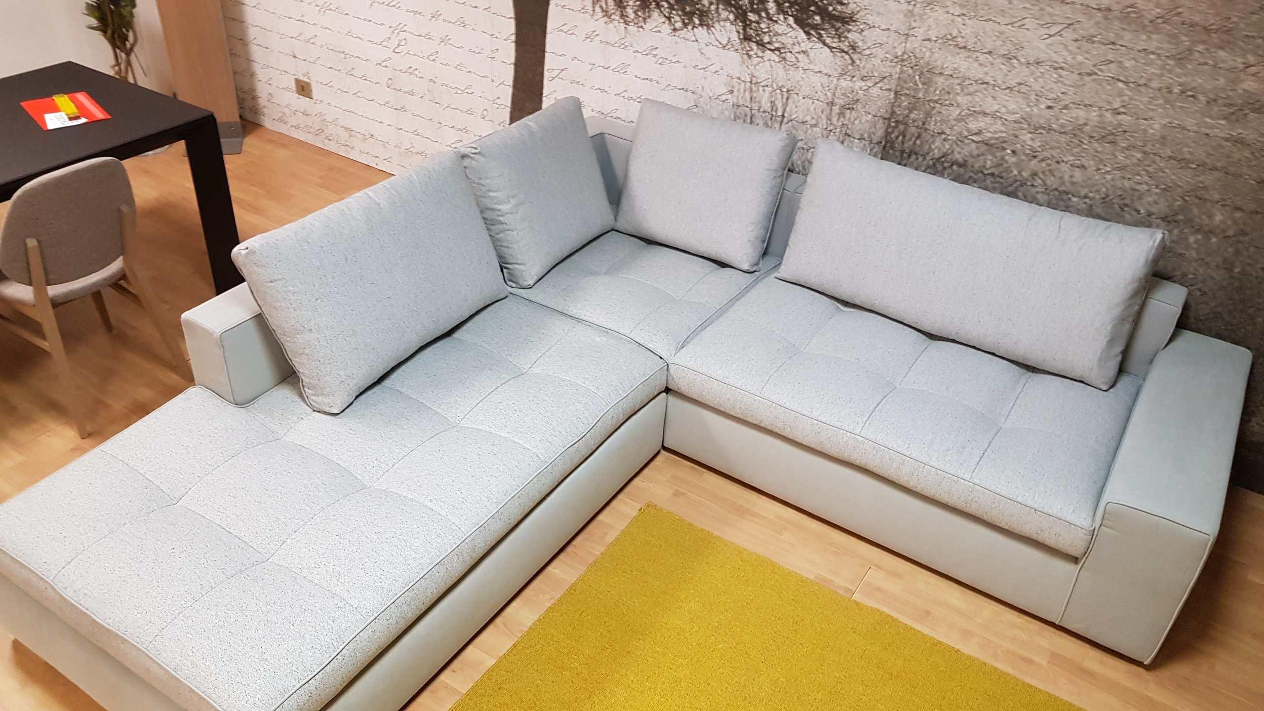 Outlet divano calligaris lounge mix divani a prezzi scontati for Outlet del divano